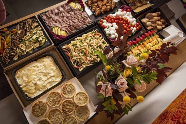 Catering buffet 2 06